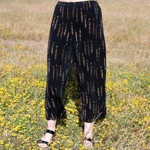 Vintage Black Comfy & Funky Capri Pants